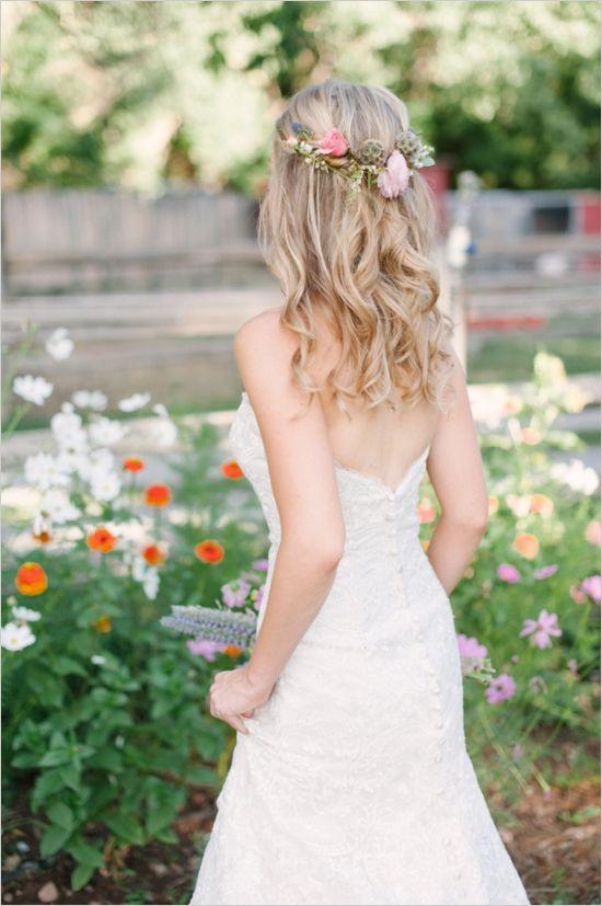 Trendy! Flower in Brides Hair - Stylish Wedding | Armenian Wedding ...