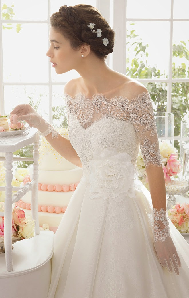 Aire barcelona 2015 bridal collection stylish wedding for Wedding dresses with gloves